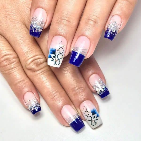 unhas decoradas lindas azul