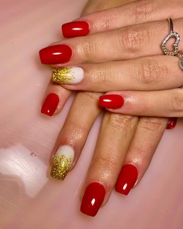 unha acrigel vermelha filha única branca degradê dourado glitter