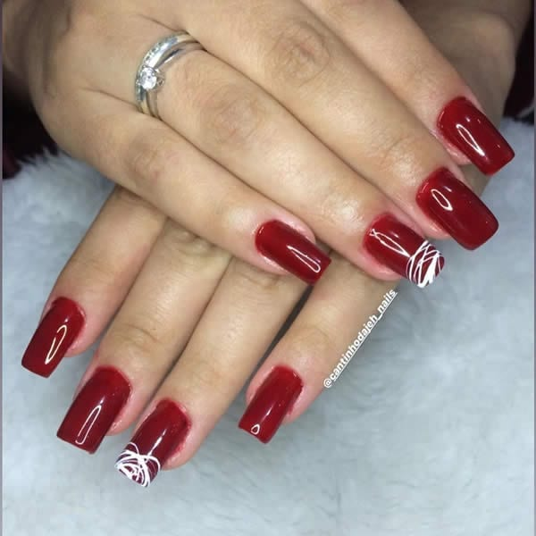 unhas vermelhas com spider gel