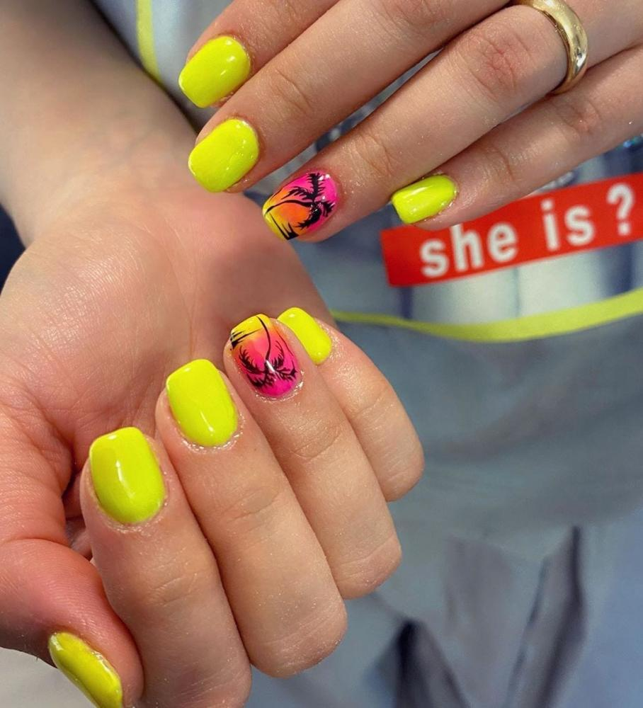 jelly nails amarelo