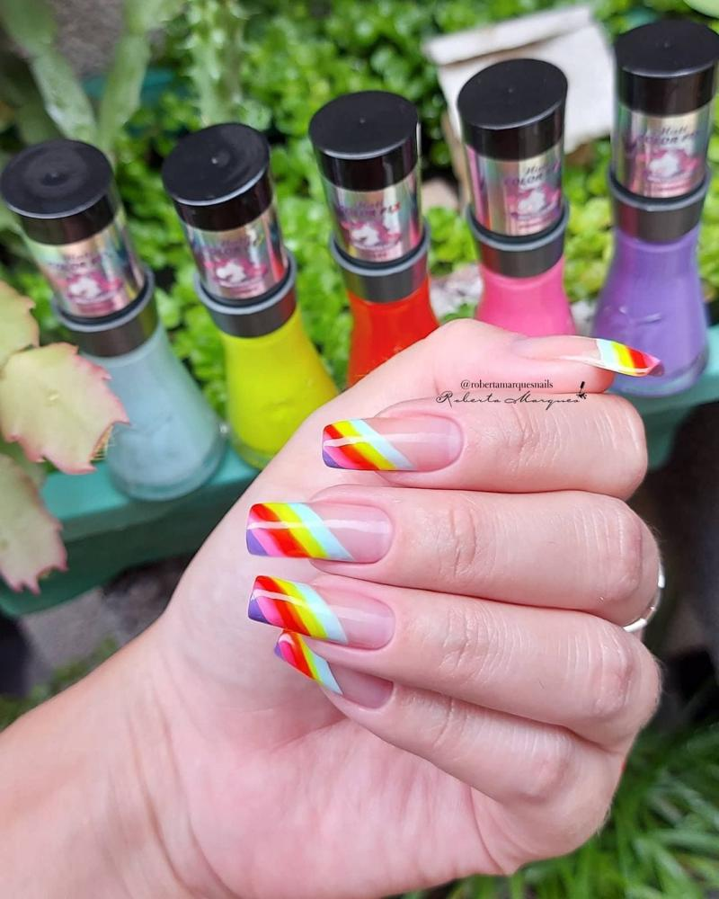 rainbow nails unhas de arco iris